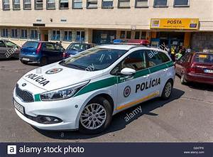 Europe Automobile : police car filakovo slovakia europe stock photo 104585458 alamy ~ Gottalentnigeria.com Avis de Voitures