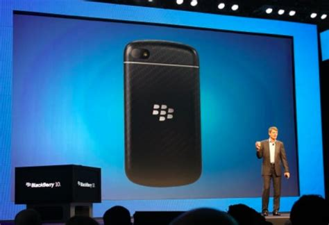 blackberry 10 update adds new features whatsapp product reviews net