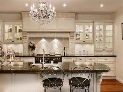 10 Astonishing Interior Design Ideas With Chandelier