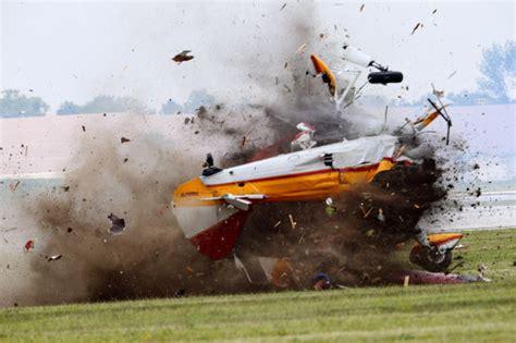 plane crash  ohio air show kills