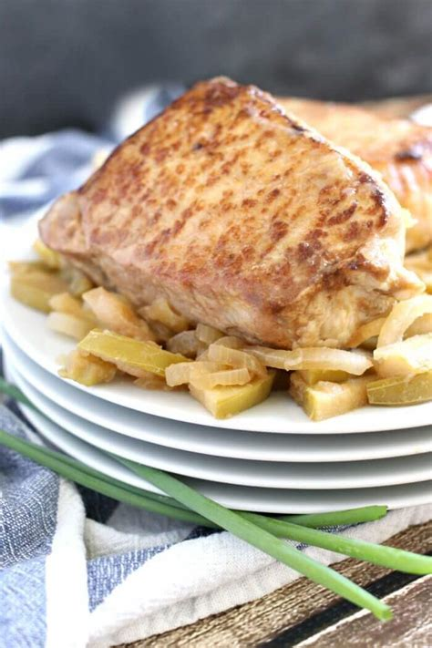 How to cook pork chops in the oven*** today i'm cooking pork chops. Baked Pork Chops   Mama Loves Food