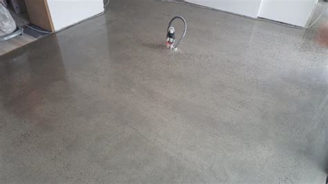Random Exposure Finish   Eco Grind Melbourne Concrete
