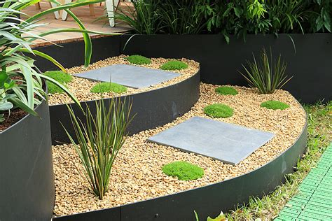 Metal Garden Edging Ideas give your garden metal garden edging carehomedecor