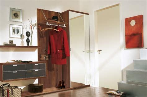 Besser flurgarderobe modern flur garderobe ideen garderobe modern design. Moderne Garderoben Sets für den Flur von Hülsta