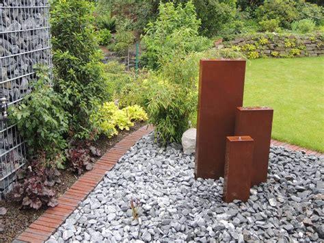 Wasserspiele Für Den Garten by Wasserspiele Quellsteine Galabau M 228 Hler Brunnen Garten
