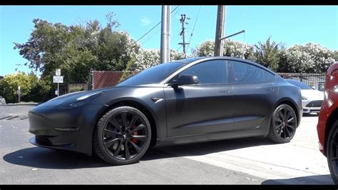 View Reserve Tesla 3 In Canada Images