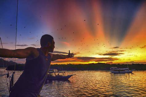 kalong island lombok touristic