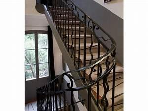 peinture pour monte descalier pour une dco monte With amazing couleur pour une cage d escalier 1 aide pour la deco et la couleur des murs couloir et cage