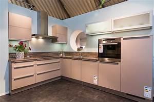 Küchen Modern Weiß : einbauk chen zum genie en jetzt anschauen ~ Markanthonyermac.com Haus und Dekorationen