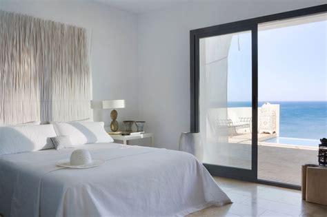 cuisine bois et blanche magnifique villa de vacances en andalousie avec vue
