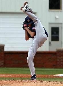 College pitcher's incredible leg-kick wind-up has him ...