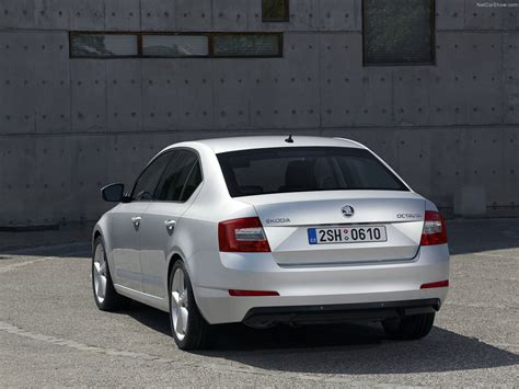 Skoda Octavia picture # 27 of 105, Rear Angle, MY 2013 ...