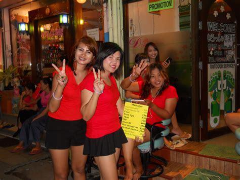 Bangkok Massage Girls Happy Birthday From Bangkoks