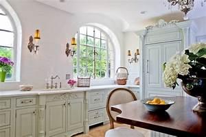 Küche Gemütlich Einrichten : shabby chic k che gem tlich und nostalgisch mit einem romantischen flair ~ Markanthonyermac.com Haus und Dekorationen