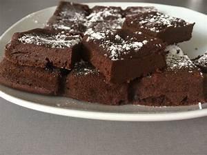 Recette Fondant Au Nutella : gateau chocolat nutella et fromage blanc petites ~ Melissatoandfro.com Idées de Décoration