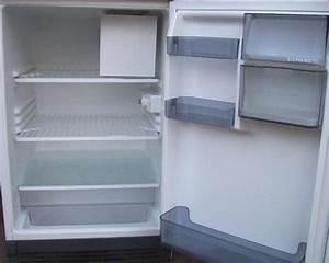 Gefriergerate kuhlschranke haushaltsgerate frankfurt for Getr nkekühlschrank siemens