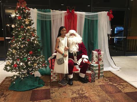 Backdrop Santa by Diy Easy Santa Photobooth Backdrop Plastic