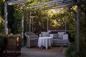Terrasse Im Garten : geniesser garten ueberdachte terrasse im geniessergarten gartenfotografie mit neuen augen ~ Whattoseeinmadrid.com Haus und Dekorationen