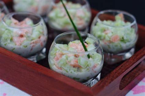 verrine de saumon fume  concombre recette ptitchef