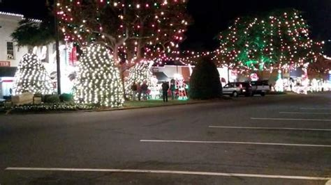 forest city christmas lights christmas lights forest city nc travelingfleacircus