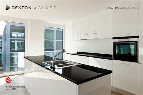 modern black and white kitchen designs brillo tecnol 243 gico en la nueva serie xgloss de dekton 9754