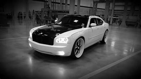 luis dodge charger   big rims custom wheels