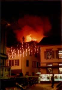 Das Goldene Haus 1987 Schuhfabrik Wird Zweifamilienhaus by Ruinen Abriss Umbau Buelachansichtskarten