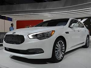 Premium Cars : i have finally seen kia 39 s luxury car in person and i 39 m impressed business insider ~ Gottalentnigeria.com Avis de Voitures