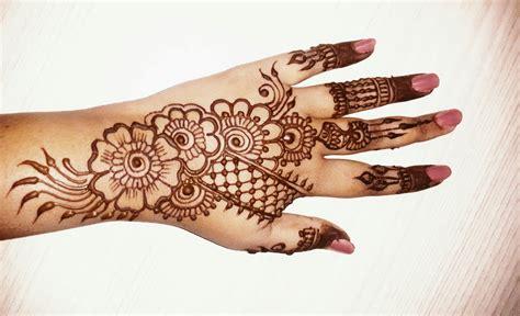 beautiful simple mehndi designs  hands  simple