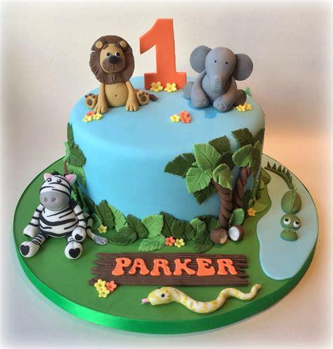birthday jungle themed cake