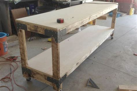 build  heavy duty workbench workbench plans diy
