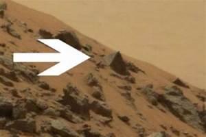 Nasa's Curiosity Rover spots PYRAMID on Mars – is it proof ...