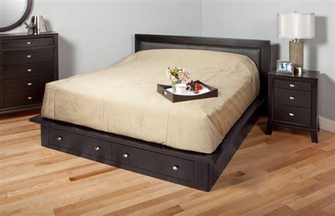 queen platform bed   drawers  pine queen platform