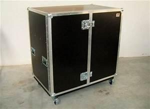 Schrank Höhe 70 Cm : flightcase schrank mit 2x fachboden l nge 110cm h he 100cm tiefe 70cm g nstig kaufen megacase ~ Markanthonyermac.com Haus und Dekorationen