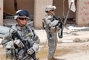 Women Medics Earn Respect in Combat | Article | The United ...