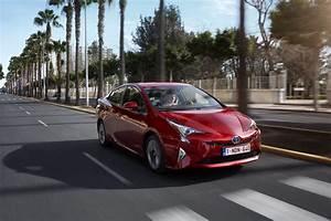 Fonctionnement Hybride Toyota : toyota prius son fonctionnement hybride mis l 39 preuve de rome l 39 argus ~ Medecine-chirurgie-esthetiques.com Avis de Voitures