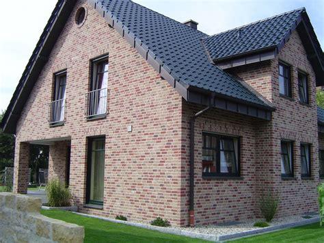 Haus Roter Klinker by Handform Verblender K005