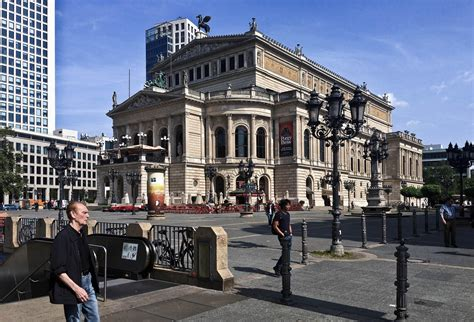 Umbau Wohnriegel Bloque Xii In Palma by Junge Bayern Planen Umbau In Frankfurt No Oper For