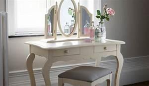 Coiffeuse Pour Chambre : guide d 39 achat et comparatif sur la coiffeuse meuble ~ Teatrodelosmanantiales.com Idées de Décoration
