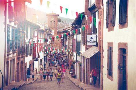 cing jean pied de port la boutique et l atelier lorea le bijou basque lorea le bijou basque