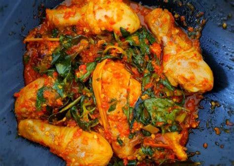 Cuma butuh 5 langkah loh, yuk bikin sekarang juga! Resep Ayam Rica Rica Kemangi oleh Thiara ZaharDina - Cookpad