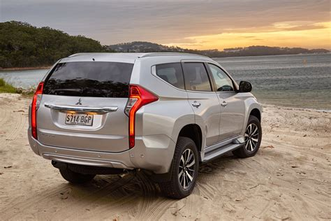 Mitsubishi Photo by 2016 Mitsubishi Pajero Sport Review Photos Caradvice