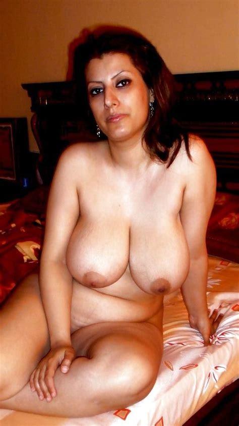 Nude Pakistani Mom Hd Regarder Et Télécharger