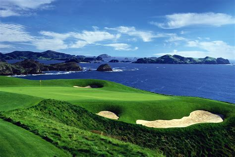 New Zealand's Half Dozen Best Golf Resorts