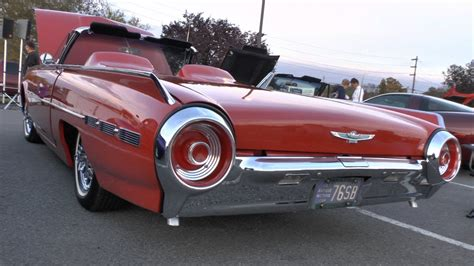 American Classic Cars (part 28) 1962 Thunderbird Taken