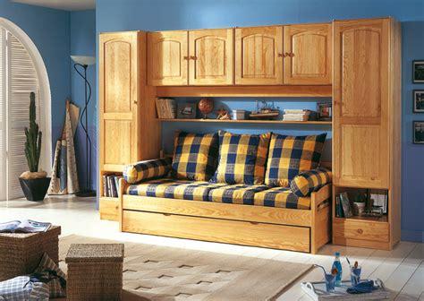 chambre à coucher pont de lit lit banquette chambre pont ra secret de chambre