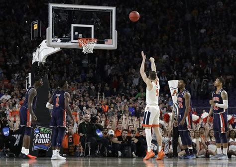 kyle guy discusses foul call draining game winning