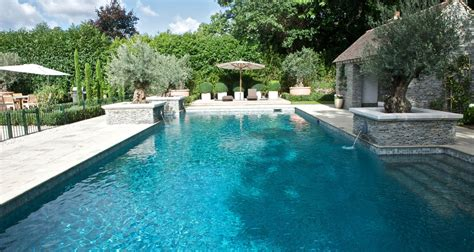 Pools : Outdoor Swimming Pool Construction & Design