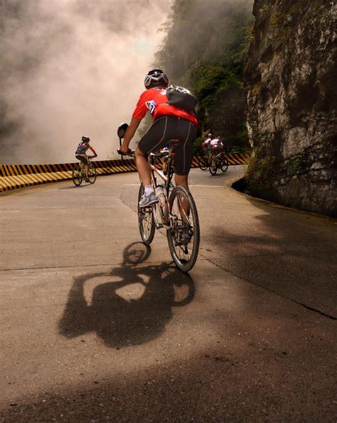 bicycle challengethe tongtian avenue  tianmen mountain