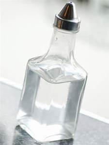 Как вывести бородавки уксусной кислоты